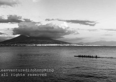 Canottieri all'ombra del Vesuvio