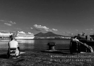 Il Vesuvio dal porto di Napoli