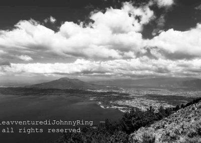 Il Vesuvio e le nuvole