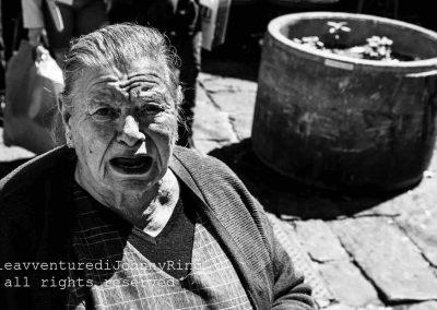 Venditrice di aglio nella Pignasecca