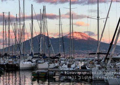 Vesuvio con barche