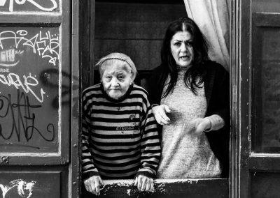 basso-napoletano-con-donna-anziana